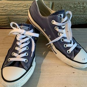 Converse all star womens 8